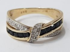 9CT YELLOW GOLD RING WITH DIAMONDS AND BLACK STONES, 2.9G SIZE N