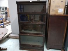 GLOBE WERNICKE EARLY 20TH CENTURY OAK BOOKCASE WITH SLIDE OUT GLAZED DOORS 86 X 162 X 35CM