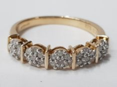 9CT YELLOW GOLD RING WITH 5 SMALL DIAMOND CLUSTERS, 2.6G GROSS SIZE M