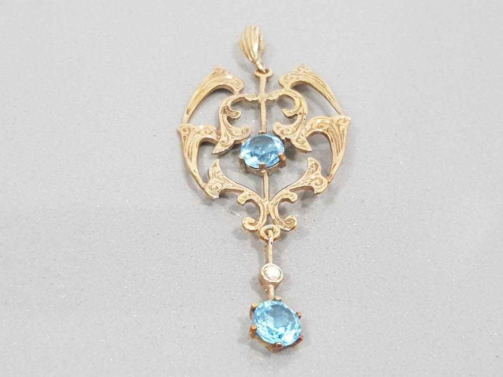 9CT GOLD VICTORIAN STYLE PEARL AND TOPAZ PENDANT 3.4G