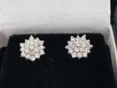 9CT WHITE AND YELLOW GOLD DIAMOND CLUSTER STUD EARRINGS