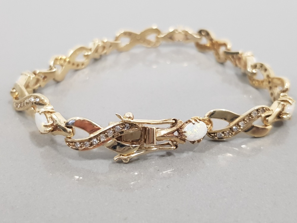 9CT GOLD OPAL AND DIAMOND LINE BRACELET - Image 2 of 3