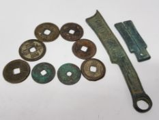 8 CHINESE CASH COINAGE MIXED, KNIFE COIN AND TROUSER COIN