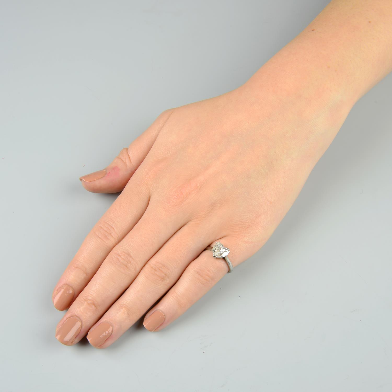 Lot 346 - A heart-shape diamond single-stone ring.Estimated diamond weight 1.85cts,