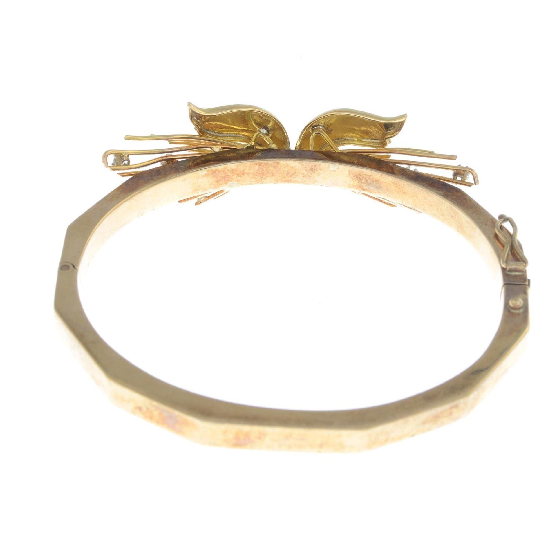 A 9ct gold diamond bi-colour bangle, - Bild 2 aus 3
