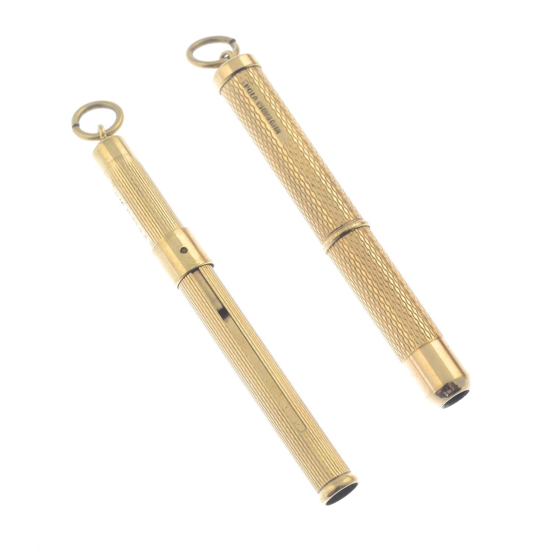 Two 9ct gold toothpicks.Hallmarks for 9ct gold. - Bild 2 aus 2