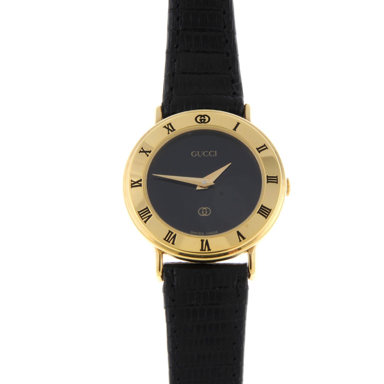 GUCCI - a lady's 3001L wrist watch. - Image 3 of 5