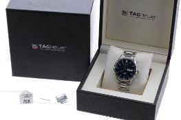Tag Heuer Carrera Calibre 5 automatic stainless steel gentleman's bracelet watch, ref. WAR201E,