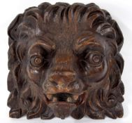 """Interesting 17th/18th century carved lion mask, parcel polychrome decorated, 11"""" high, 12"""" wide"""