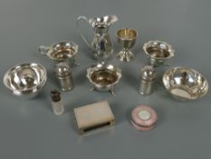 Mixed lot of antique and vintage silver items including a three piece cruet set, Chester, matching