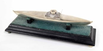Victorian novelty silver ink stand, modelled as a boat, with small glass ink well (lid lost at