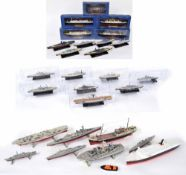 Editions Atlas & DeAgostini - Fourteen scale model warships (eight boxed), together with a further