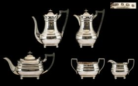 Queen Anne Style 1930s Period Good Quality 5 Piece Sterling Silver Tea & Coffee Service.