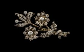 Art Deco Period Superb Quality and Pleasing 18ct Gold and Diamond Set Tremblant Brooch - in the form