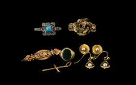 A Small Collection of 9ct Gold Jewellery all marked 9.375.
