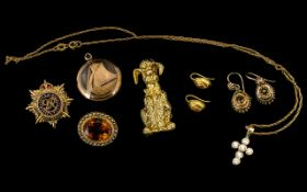A Small Collection of Antique Period of 9ct Gold Jewellery ( 7 ) Pieces.