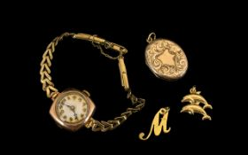 Ladies 9 ct Gold Mechanical Wrist Watch From the 1920's/1930's - Good design. Fully hallmarked.