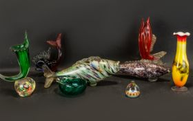 Collection of Mid Century Glass - 8 pieces in total. Please see accompanying image.