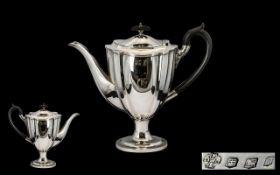 Victorian Period Superb Quality Silver Tea Pot of elegant form/design.