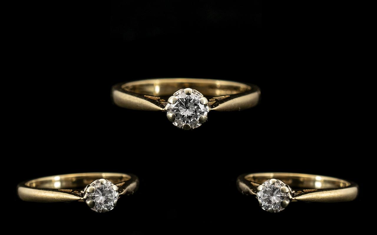 Lot 38 - Ladies Attractive 9ct Gold Single Stone Diamond Ring the round brilliant cut diamond of excellent