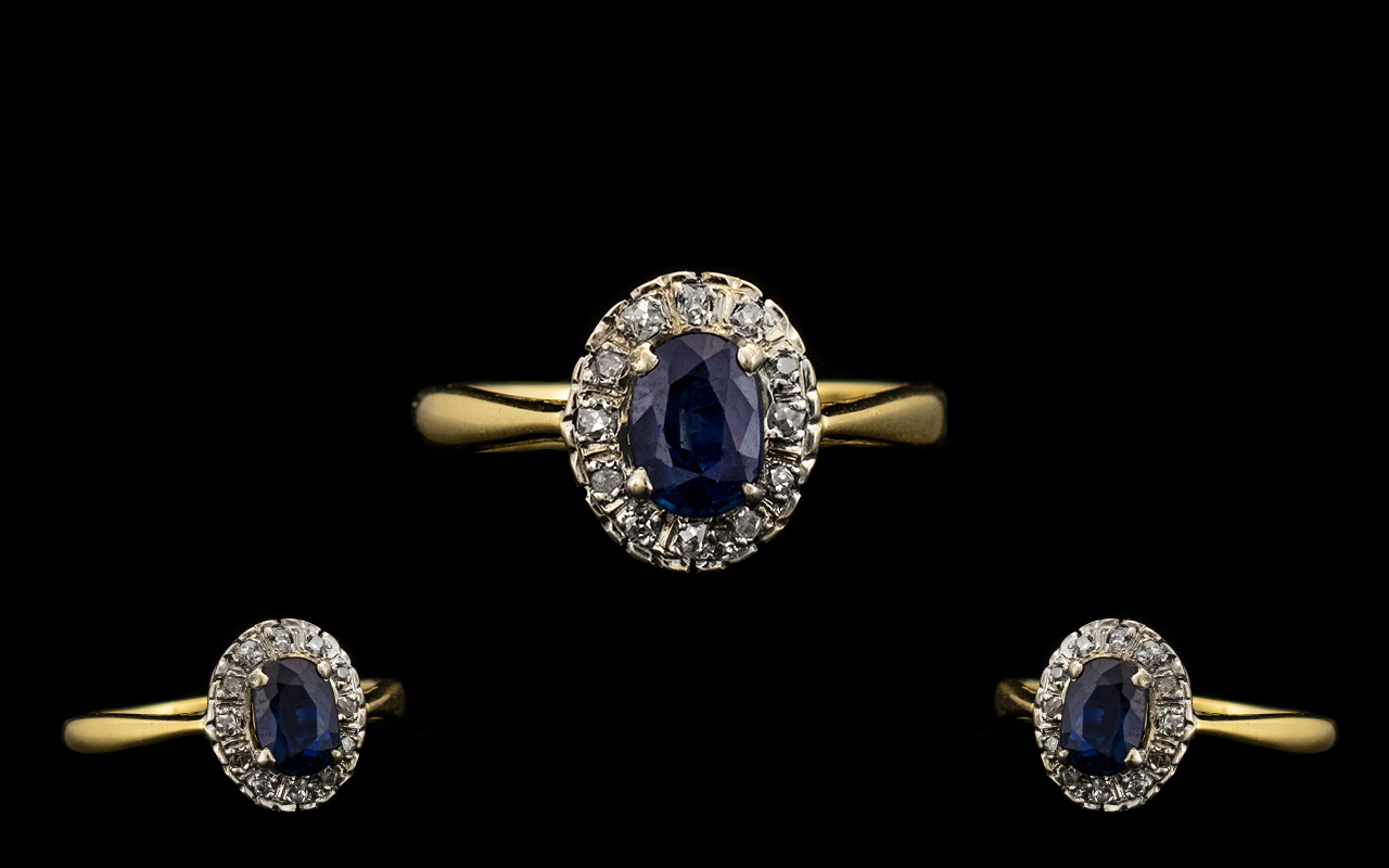 Lot 27 - Ladies 18ct Gold Attractive Sapphire and Diamond Set Cluster Ring. Flower head Setting.