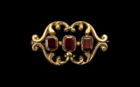 Victorian 9ct Garnet Set Brooch, Garnets of Good Colour and Form, Set In a Lovely Design 9ct Gold.