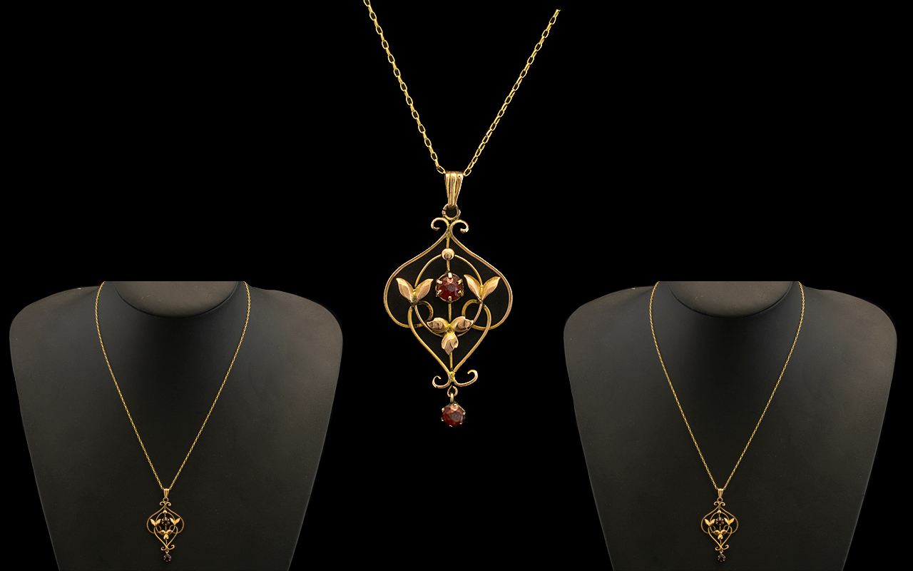 Lot 33 - Edwardian Period Attractive 1902 - 1910 9ct Gold Ornate Open Worked Pendant Set with Garnets,