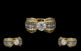 18ct Gold Stunning Diamond Set Dress Ring the central single round modern brilliant cut diamond of