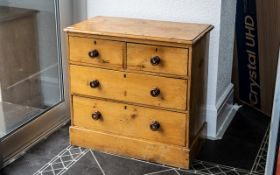 Early 20th century Pine Chest of Drawers,