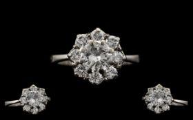 Stunning 18ct White Gold Attractive Diam
