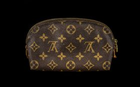 Louis Vuitton Ladies Make-up Bag, The Inside of the Bag Is in a very Worn Condition. 8 Inches In