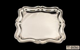 Edwardian Period Excellent Quality Sterling Silver Footed Tray/Salver of pleasing proportions,