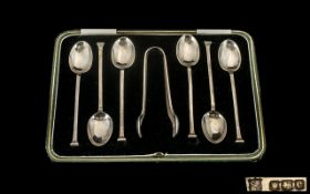 1920s Boxed Set of Six Silver Spoons with pair of matching sugar tongs, hallmarked Sheffield 1920,