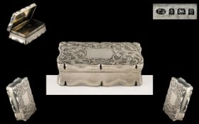 Edwardian Period - Superb Sterling Silver Hinged Snuff Box with Engraved Foliate Decoration to