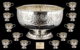 Large Viners of Sheffield Silver Plated Footed Punch Bowl Set in as new condition.