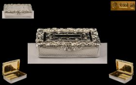 Victoria - Early Period - A Superb Quality Silver Hinged Snuff Box by Nathaniel Mills.