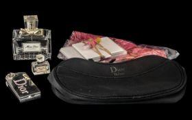 Vintage Christian Dior Collection compri