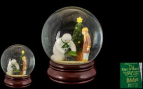Coalport First Edition - Hand Painted ' The Snowman Christmas Friends ' Glitter Globe. Date 2002.