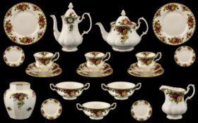 Royal Albert 'Old Country Roses' Dinner/Tea Service, comprising: Tea Service: 8 x cups,