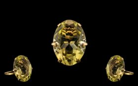 9ct Gold - Attractive / Impressive Single Faceted Topaz Stone Set Dress Ring. The Large Faceted