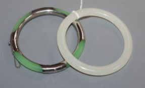 Two Chinese hardstone bangles