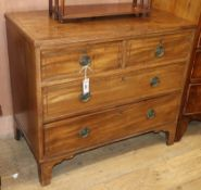 A Regency mahogany chest of drawers W.86cm