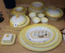 A Shelley part tea and dinner service