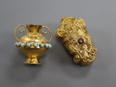 An early 20th century French? yellow metal and rose cut diamond set pill box and an Italian 18k