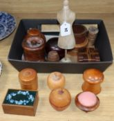 Assorted treen objects and sundries