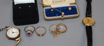 Two 9ct gold-cased wristwatches and a small collection of gold jewellery, including two 18ct gold