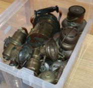 Assorted brass and other lamps, a model cannon and metalware