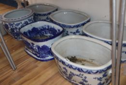 Five modern blue painted footbaths and three small bowls (8)