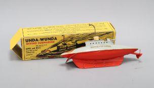 A Sutcliffe Unda-Wunda diving submarine clockwork model, boxed