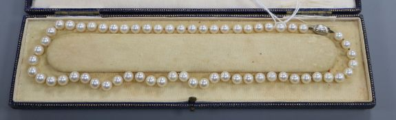 A Mappin & Webb Akoya cultured pearl necklace, with a single row of 61 uniform pearls and 18ct